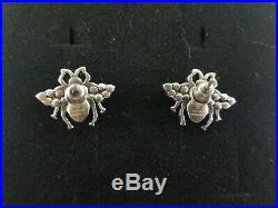 Signed GUCCI Classic Pearl Vintage Tone Stud Bee Earrings