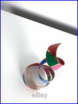 Vintage Signed Dorothy Gillespie Spiral Ribbon Enamel Sculpture Mobile Modern